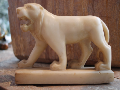 Antique Marble Lion from Udaipur <b>SOLD<b>